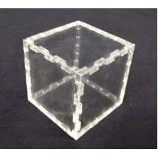 Κουτί για μπομπονιέρα 5X5X5 με καπάκι από Plexiglass-Πλεξιγκλας